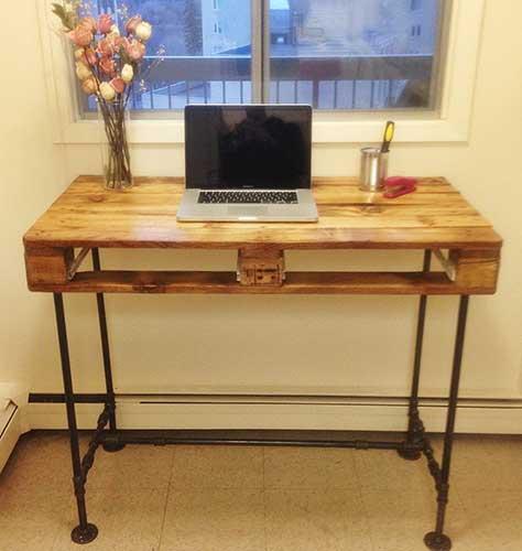 bàn làm việc gỗ pallet