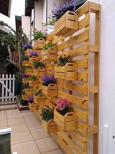chậu cây nội thất pallet gỗ