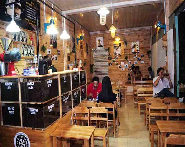 ghế gỗ pallet cafe