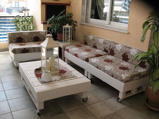 Ghế sofa làm từ gỗ pallet