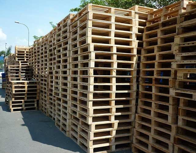 giá pallet gỗ 4 chiều nâng