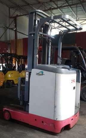 hình ảnh thực tế xe nâng điện đứng lái 2 tấn