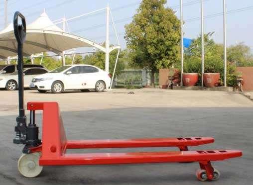 hình ảnh thực tế xe nâng tay thấp 2.5 tấn HTP