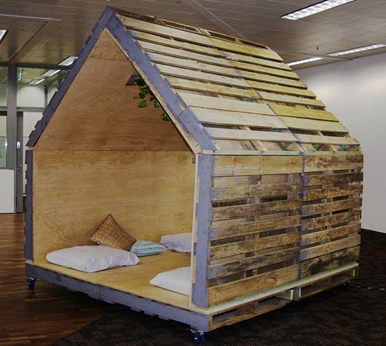 nhà gỗ pallet