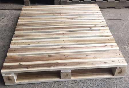 pallet gỗ 1mx1m2 chất liệu gỗ tràm