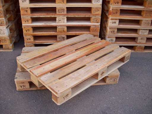 pallet gỗ cũ đã qua sử dụng