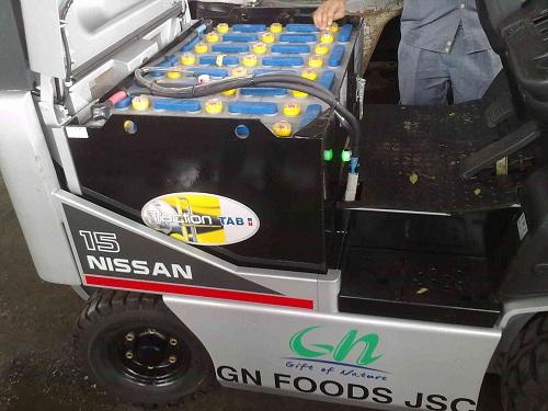 thuê bình điện xe nâng hàng