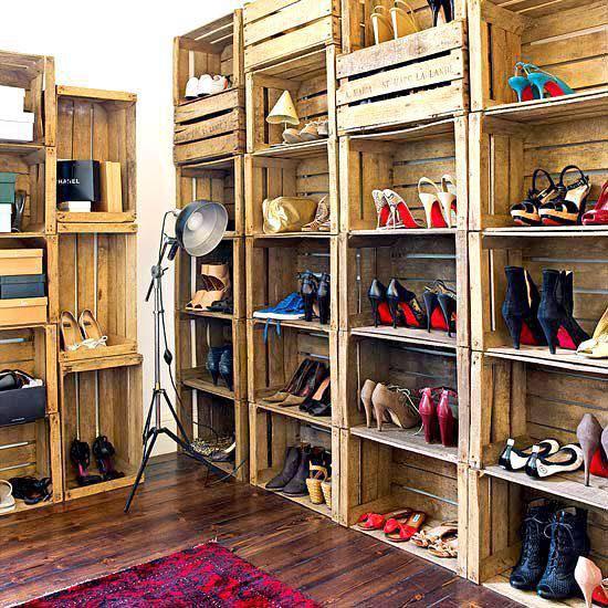 Tủ giày làm bằng pallet gỗ
