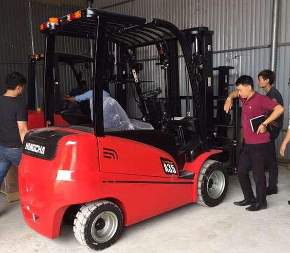 xe nâng điện Hangcha ngồi lái 3.5 tấn