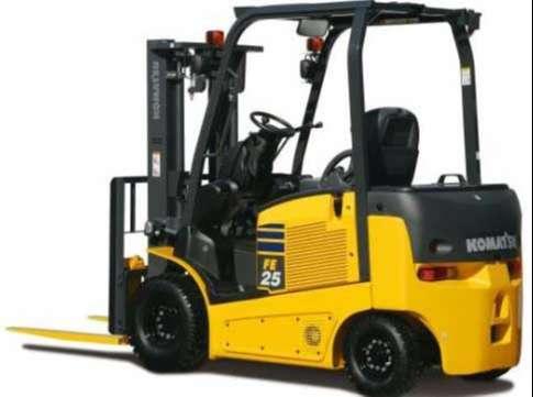 xe nâng điện komatsu tải trọng 2500kg