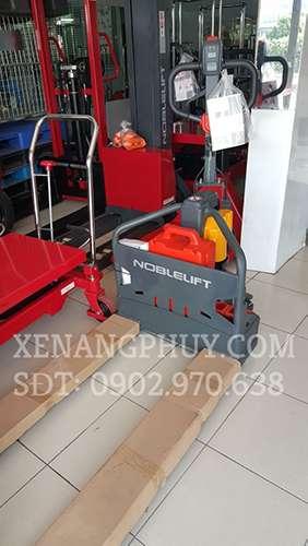 xe nâng tay điện noblelift
